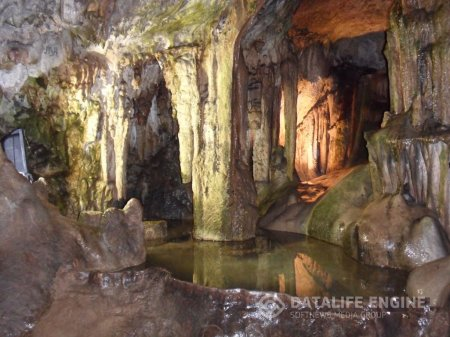 Пещерный комплекс Леденика